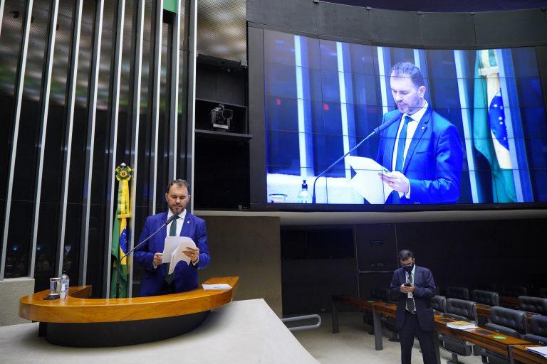 Discussão e votação de propostas. Dep. Moses RodriguesMDB - CE