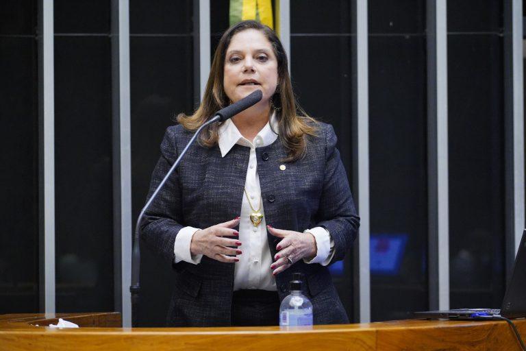 Soraya Santos destacou unidade da bancada feminina na derrubada dos vetos
