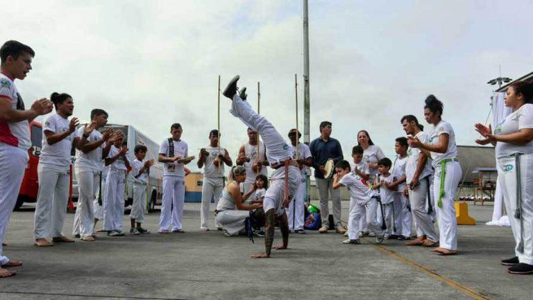 Cultura - dança - capoeira lutas artes marciais