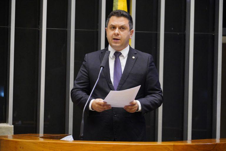 Discussão e votação de propostas. Dep. Tiago Dimas(SOLIDARIEDADE - TO)