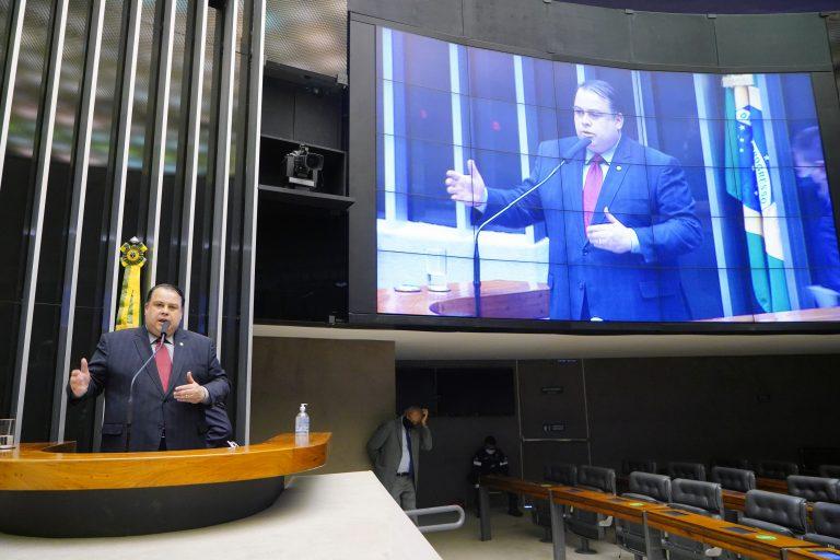 Discussão e votação de propostas. Dep. Julio Cesar RibeiroREPUBLICANOS - DF
