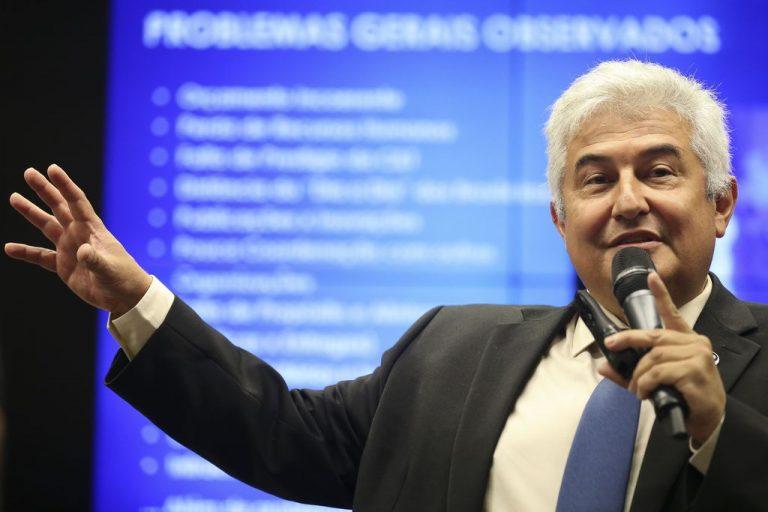 Autoridades - ministro de Ciência e Tecnologia Marcos Pontes