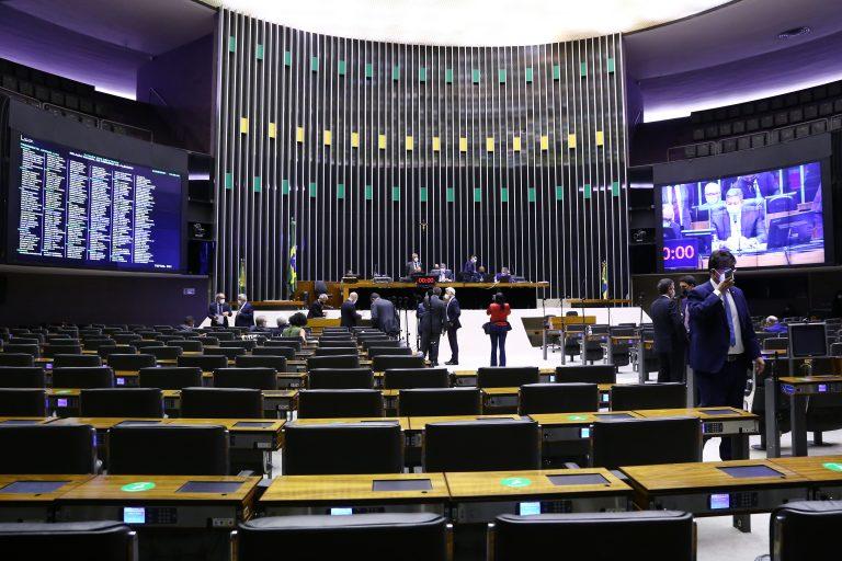 Discussão e votação de propostas
