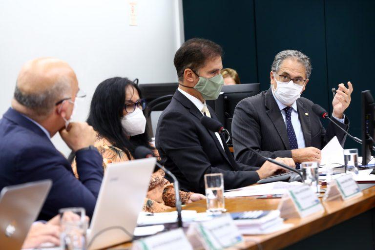 Audiência Pública - Situação orçamentária das Universidades Federais e dos Institutos Federais e sobre o Projeto de Lei Orçamentária para 2022. Dep. Carlos ZarattiniPT - SP