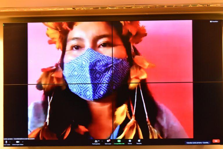 Audiência Pública - Avanços e desafios desde a demarcação da Terra Indígena Raposa Serra do Sol em Roraima. Coordenadora Local de Jovens da Terra Indígena Raposa Serra do Sol, Carla Jarraira de Almeida (Macuxi)