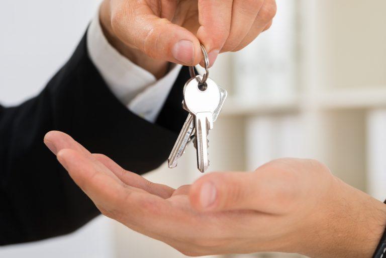 Habitação - geral - contratos aluguel locação imóveis compra inquilinos proprietários investimentos corretores imobiliárias
