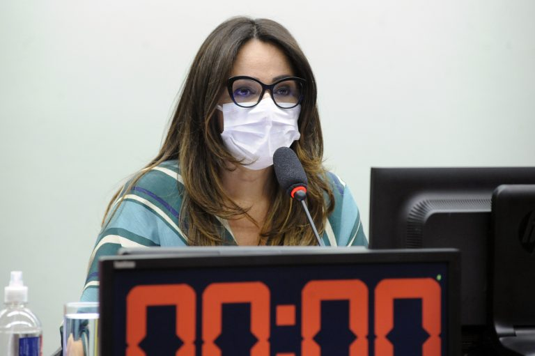 Deputada Rejane Dias (PT-PI)