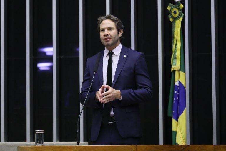 Discussão e votação de propostas. Dep. Pedro VilelaPSDB - AL