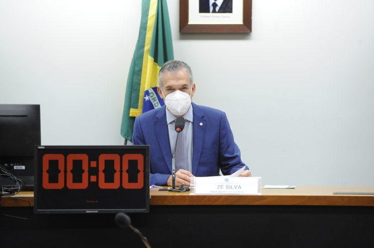 Zé Silva: regulamentação da atividade deve incentivar ações sustentáveis