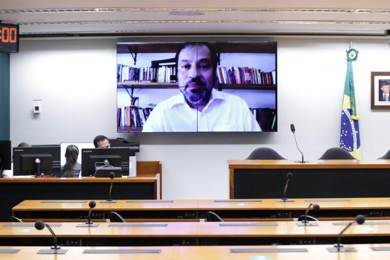Capiberibe: receio de que propostas em análise possam ferir o discurso do Brasil