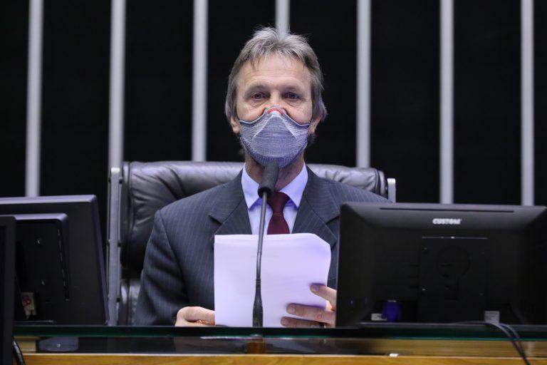 Políticas Públicas em apoio e Defesa dos Direitos das Vítimas da COVID-19. Dep. Pedro UczaiPT - SC